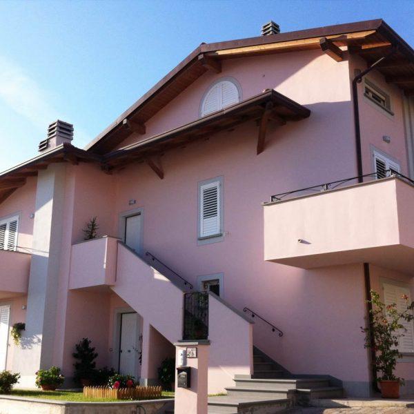 Casa a tre piani lazio costantini sistema legno for Lacost case in legno