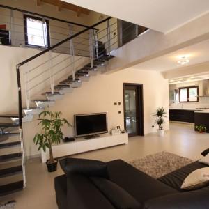 Casa a due piani l 39 aquila abruzzo costantini sistema for Case progetti interni