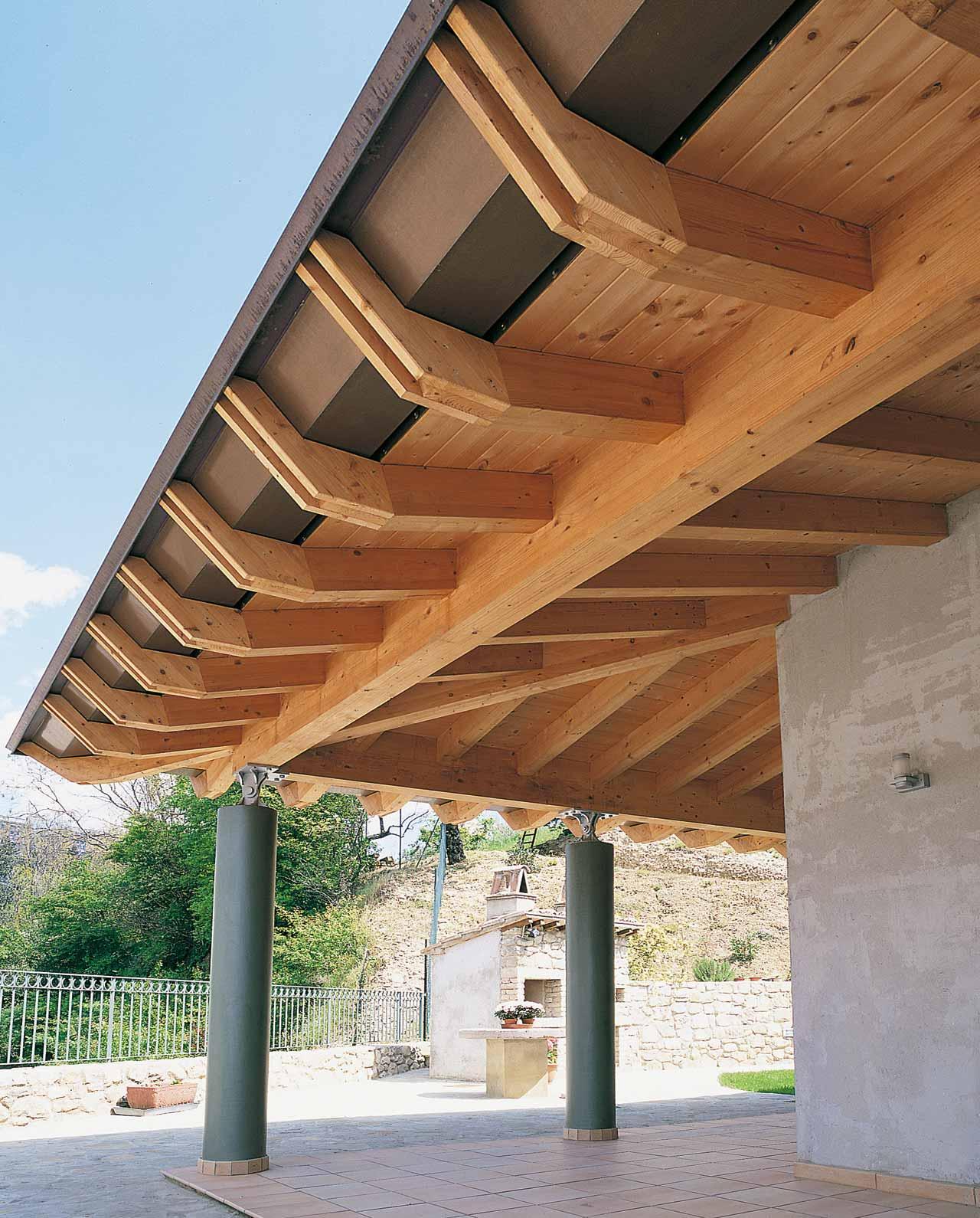 Tetto in legno casa umbria costantini sistema legno for Costantini case in legno