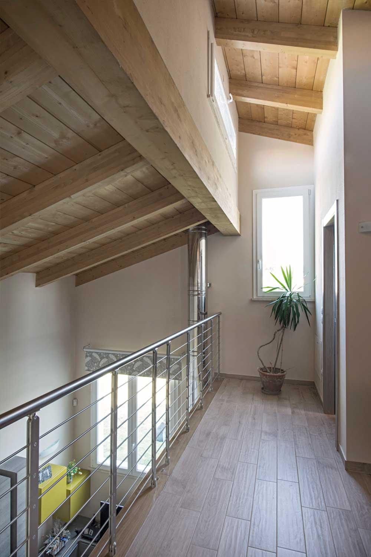 Casa in legno a due piani firenze toscana costantini for Camino a due piani