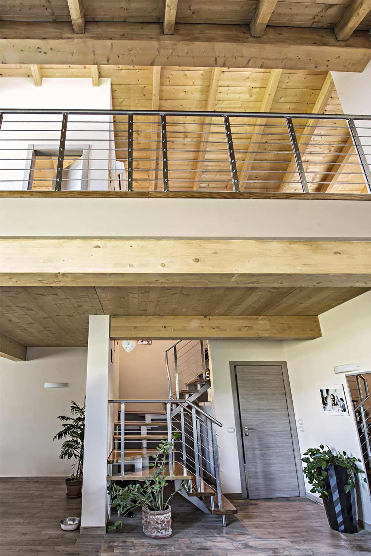 Casa in legno a due piani firenze toscana costantini for Piani di casa chalet svizzero
